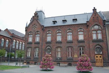 Puvodni budova mestske radnice