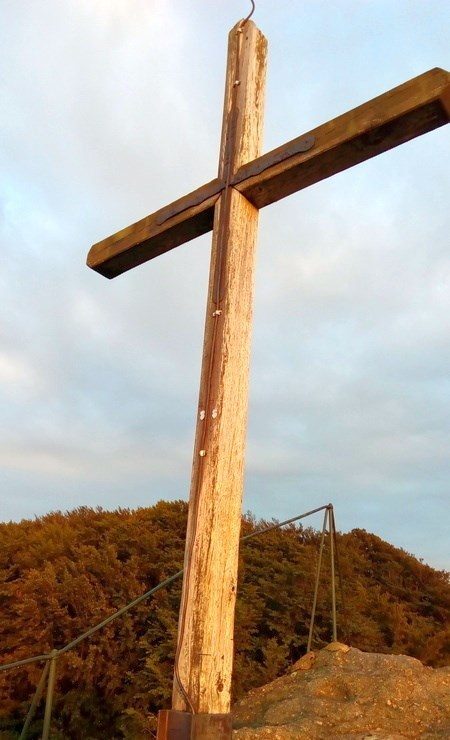 Kříž Ořešník