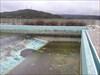 A enorme piscina