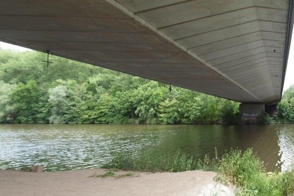 Dálniční most u Poděbrad 04