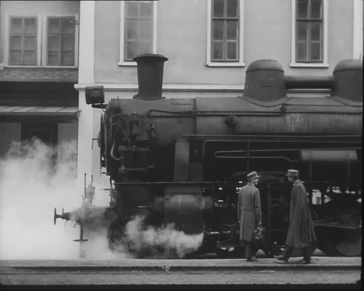 Ostre sledovany vlak