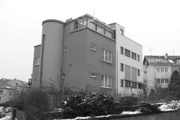 Dum B. Fuchse ulice Hvezdárenská