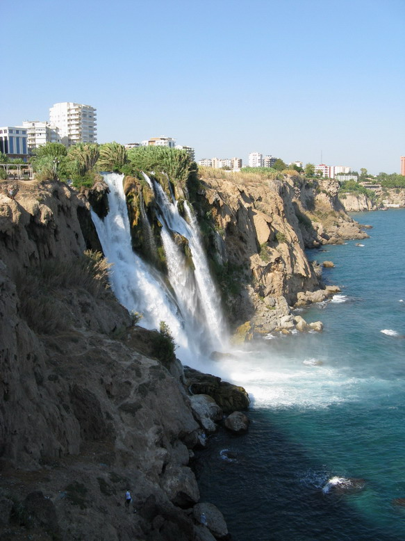 There are a lot of interesting waterfalls around the world but only few of