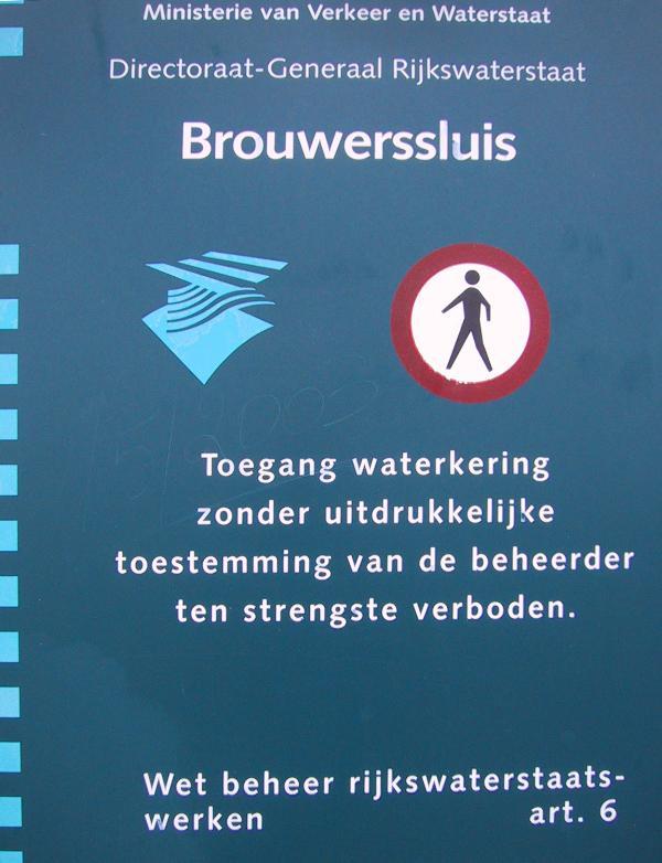 04-BROUWERSSLUIS.jpg (60504 bytes)