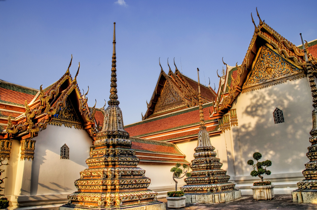 GC2JDDV Wat Pho - Temple of the Reclining Buddha (Traditional Cache) in Thail...