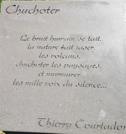 Chuchoter