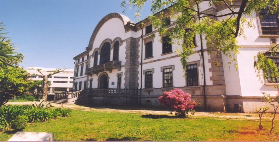 Escola Superior de Ciências Empresariais