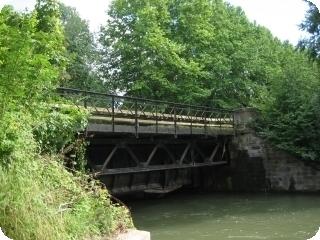 Pont-canal (écluse n°81)