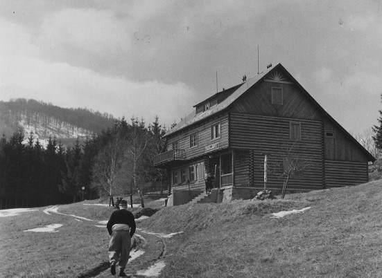 Chata pod Inovcom 1947