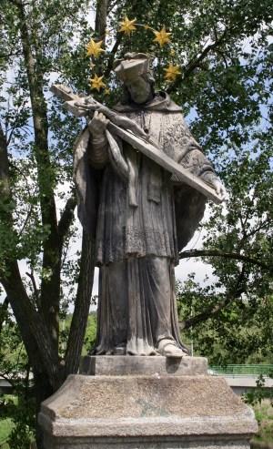 Sv. Jan Nepomucký - celá socha