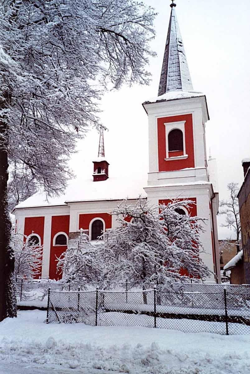 Kostel v zime