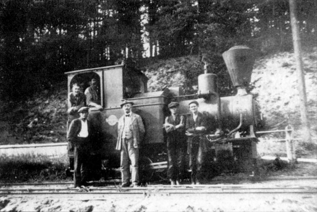 Lokomotiva Ilonka s obsluhou