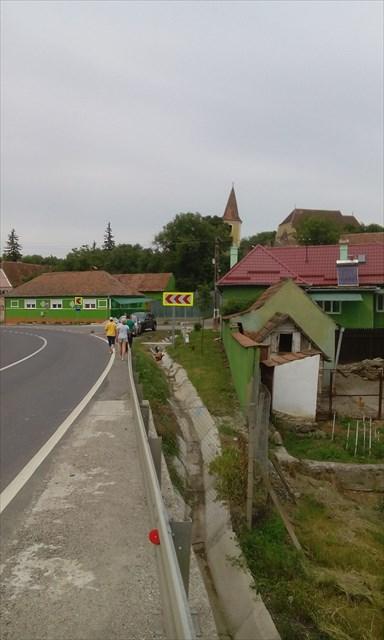 Biserica fortificata Rusi
