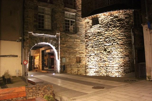 Gc4z06q chateaubriant marche de bretagne multi cache in for Porte neuve chateaubriant