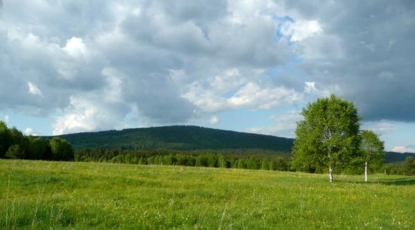Vysoký hřebet z údolí Křemelné