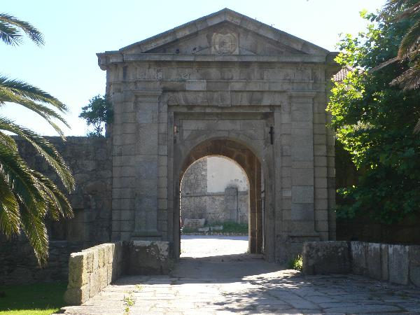 Entrance of Foz Castle