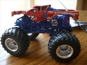 Monster Truck Dog >> Tb2jzxp Travel Bug Dog Tag Brutus Monster Truck