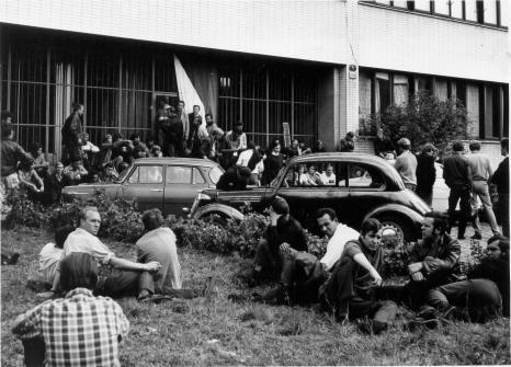 Budova CS Rozhlasu v Plzni - 1968