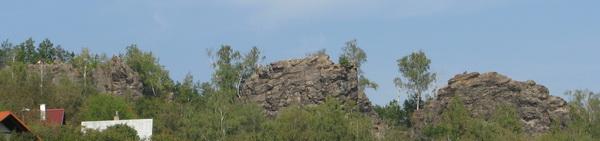 Cernolicke skaly - pohled na stenu