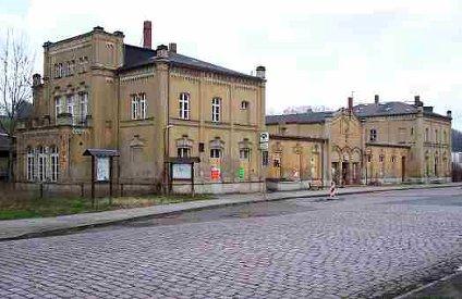 Bahnhofsvorplatz Maerz 2007
