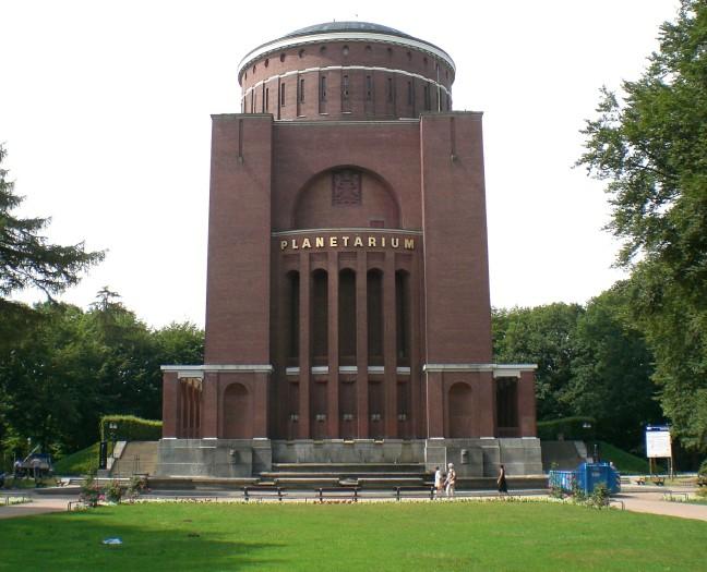 Planetarium.jpg (83940 Byte)