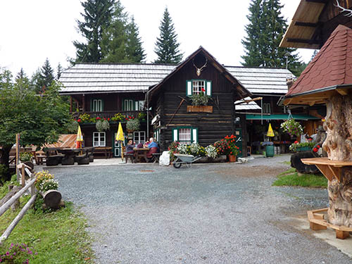 STAGE 4 - Steinwenderhütte