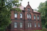 Budova rimskokatolicke fary