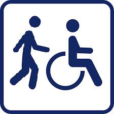 Rollstuhl mit Anschieber