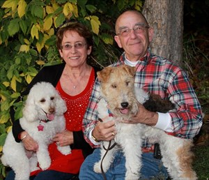 Findingbill and Trish with Jasper and Koko