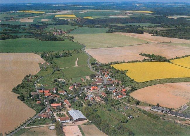 Letecky snimek Nemcovic
