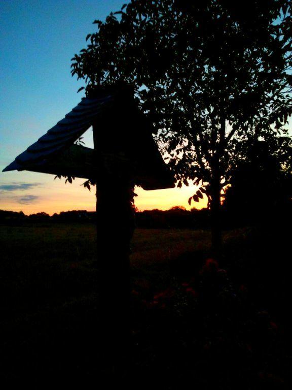 Kreuz ud Sonnenuntergang