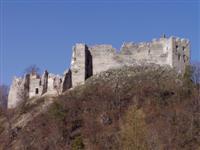 hrad Uhrovec