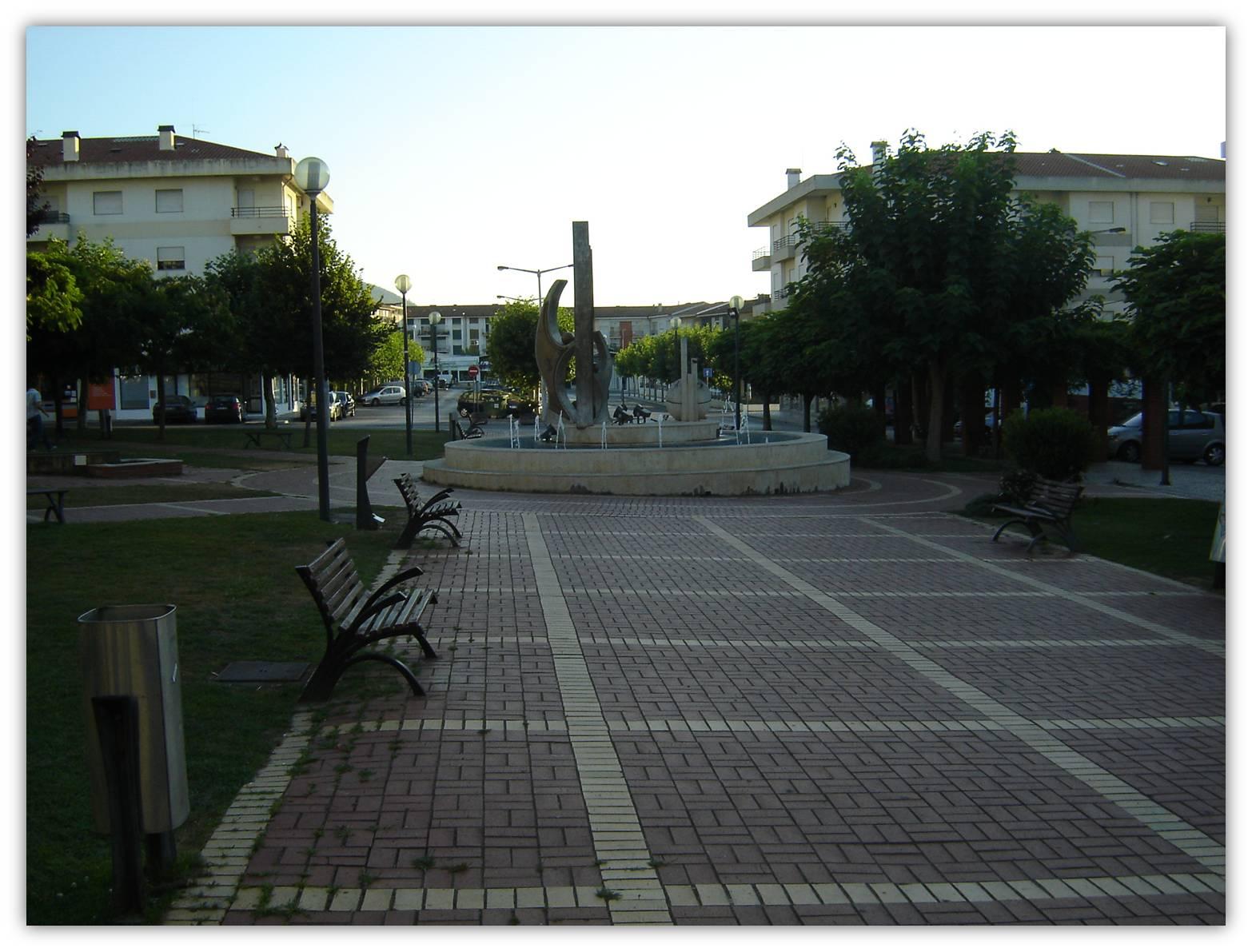 Praça Sá Carneiro 2