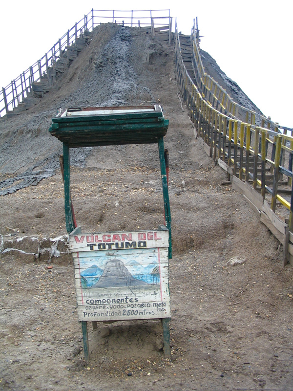Go Play in the Mud at Volcan de Lodo El Totumo (GC1KKQC) – GEOCACHE OF THE WEEK