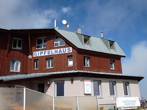 STAGE 9 - Gipfelhaus