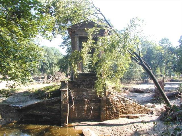 Zniceny Laudonuv pavilon