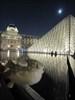 Le Louvre - Paris Having a tast of the fresh fontaine.