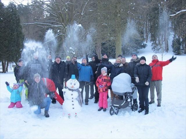 Postavme si snehuliaka III :)