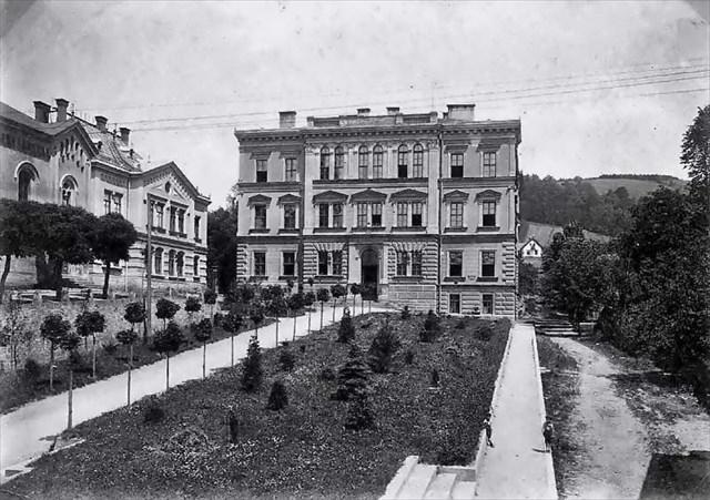 Horní škola 1900