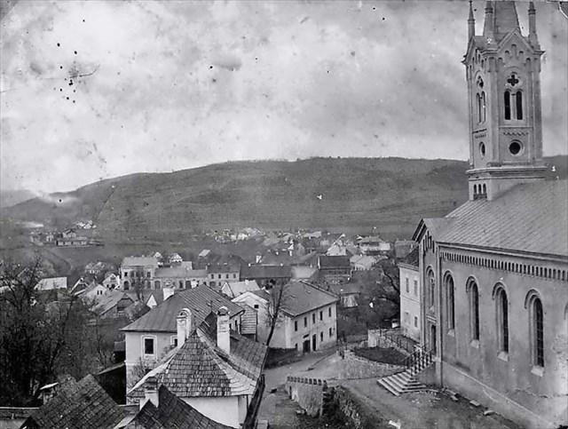 Pohled od školy 1895