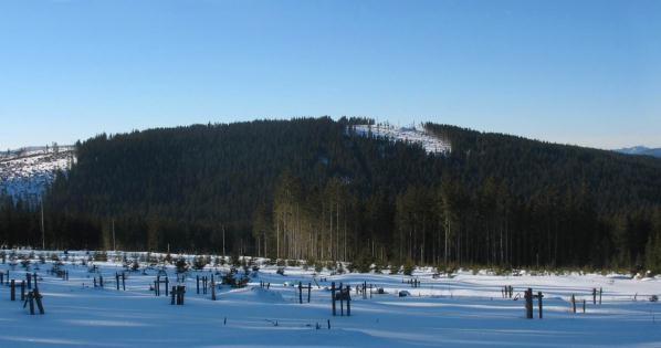 Černá hora ze svahů Stráže