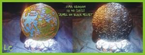 Luna Geocoin - 2012 - LE 40 *Jewel on Black Velvet
