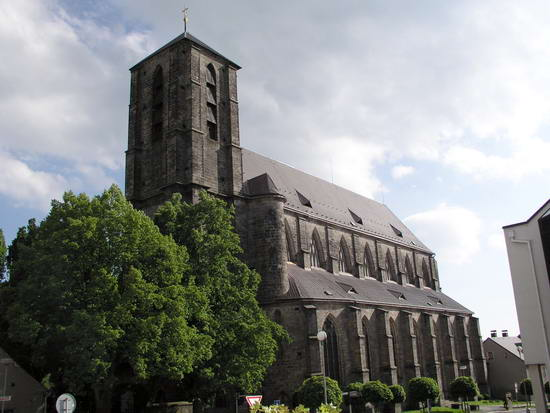 Mariánský kostel (58K)