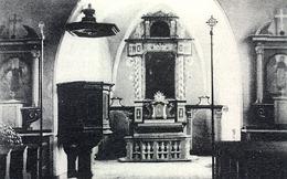 Dobový snímek interiéru kostela