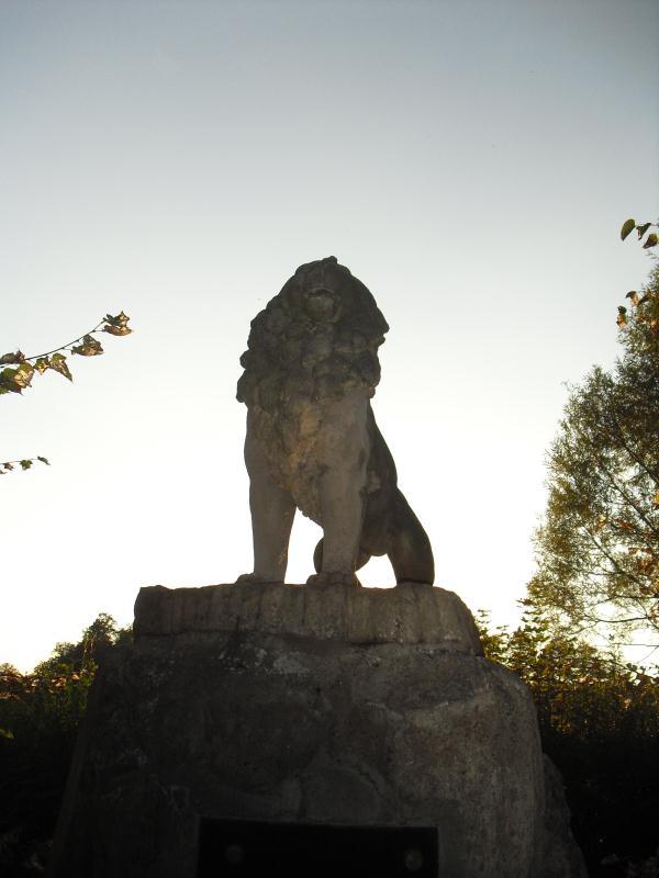Pomník2