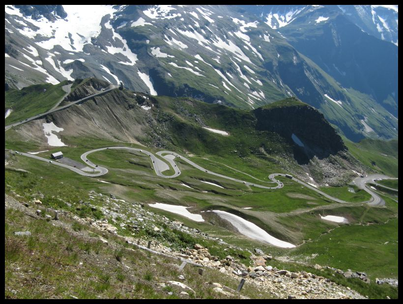 The Grossglockner High Alpine Road. Photo by geocacher Milancer.