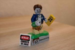 Lego zombie chasseur de caches...briiiiques!!!