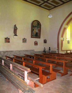 Interiér kostela sv. Linharta