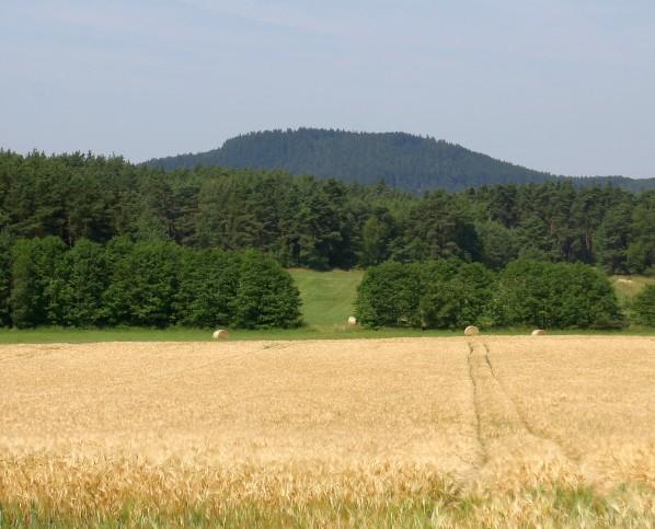Racovský vrch od východu