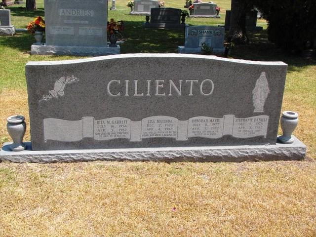 GC528JK Ciliento Memorial Cache (Multi-cache) in Texas
